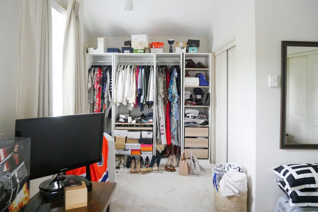 BOHNAFIDE-HOME-TOURwalk-in-closet