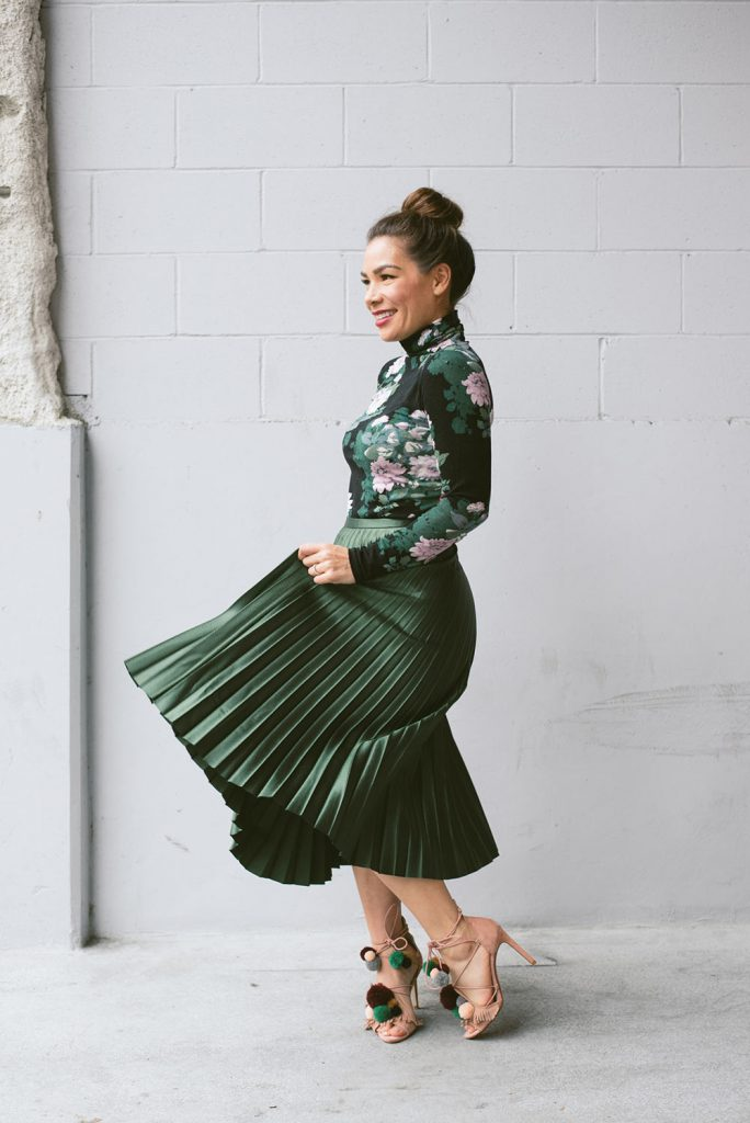 Karin-Bohn-Green-pleated-Skirt