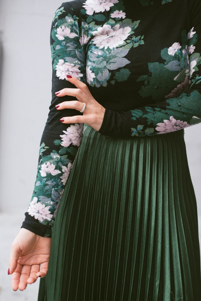 Karin-Bohn-Green-pleated-Skirt-