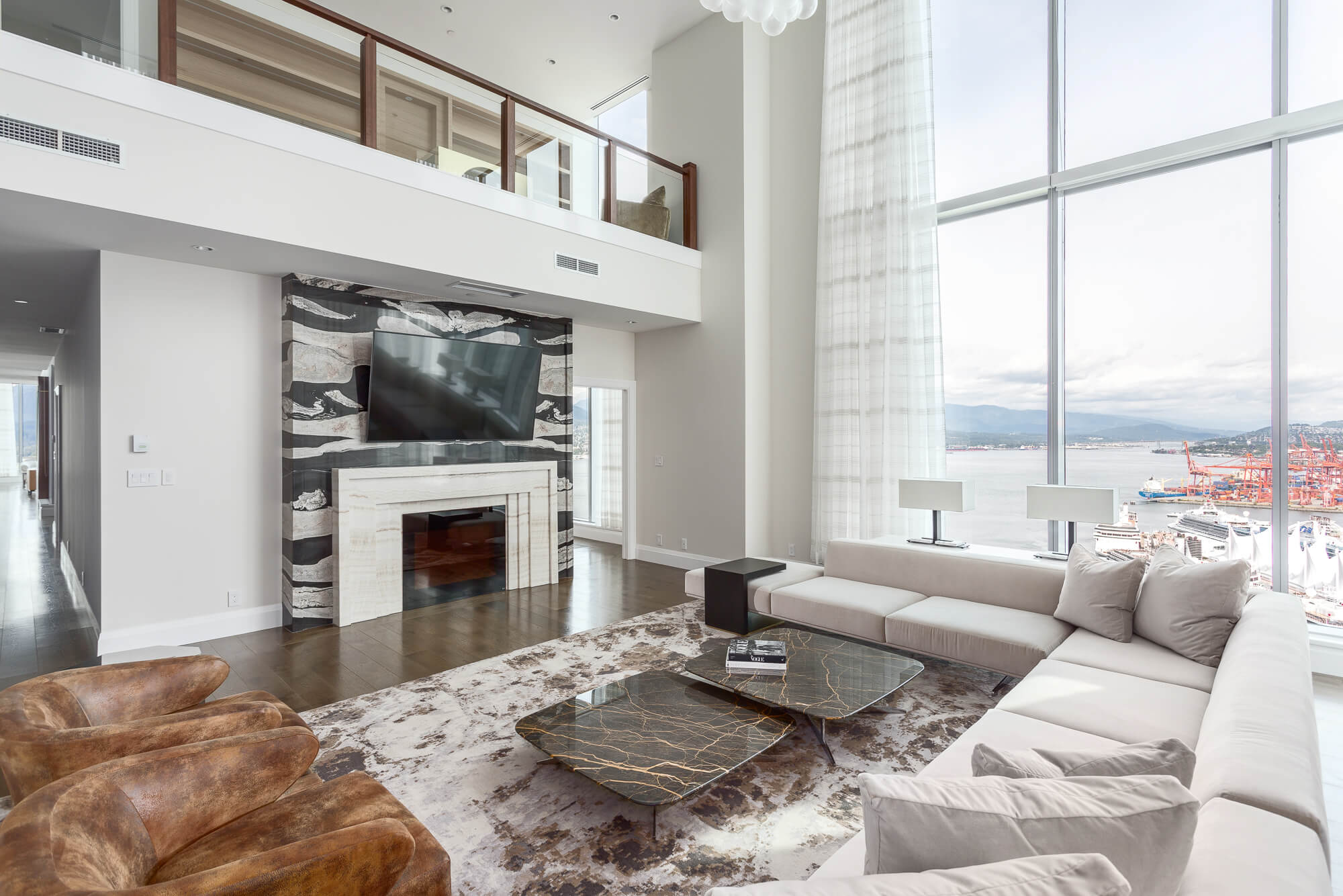 Coal-Harbour-Penthouse-Interior-Design